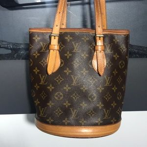 Louis Vuitton PM bucket luxury